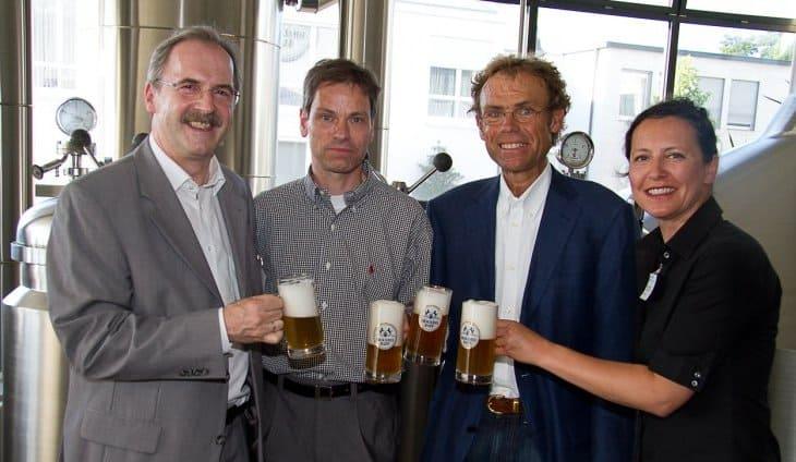 Frische frei Haus - Marketing Club Augsburg besichtigt Brauerei Rapp ...